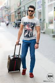 15 Best Summer Travelling Outfit Ideas For Men Travel Style