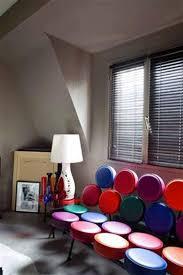 canape loft taupe 14 idées couleur taupe pour déco chambre et salon