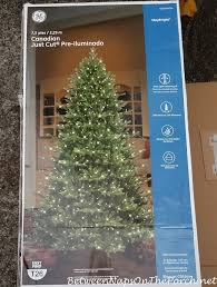 Bethlehem Lights Christmas Trees Troubleshooting by Ge Canadian Just Cut Tree A Beautiful Christmas Tree With One