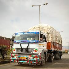 100 Roadstar Trucking BharatBenz Trucks Buses Bharatbenz Instagram Photos Videos