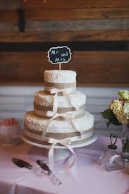Source Rustic Country Lace And Burlap Wedding Cake