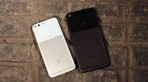 File Google Pixel and Pixel XL smartphones