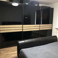 schlafzimmer schrank spiegel hochglanz schwarz braun