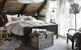 أثاث مفعم بالدفء لغرفة النوم ikea