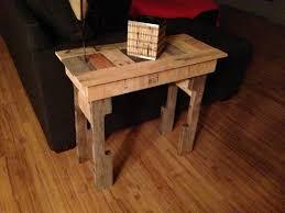Pallet End Table DIY