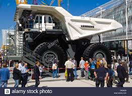 Liebherr Truck Stock Photos & Liebherr Truck Stock Images - Alamy Off Highwaydump Trucks Arculating Liebherr Ta 230 Litronic Delivers Trucks To Asarco Ming Magazine T282 Heavyhauling Truck Pinterest T 264 Time Lapse Youtube Ltb 1241 Gl Conveyor Belt For Truckmixer Usa Co Formerly Cstruction Equipment 776 On The Wagon Monster Iron Heavy Stock Photos Images Alamy Autonomous Solutions Inc And Newport News Rigid Specifications Chinemarket