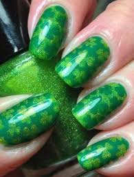 11 St Patrick s Day Manicures That Will Bring You a Little Extra
