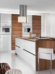 hotte de cuisine centrale hotte centrale ronde de chez roblin photo 1 15 une hotte