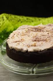 schoko birnen kuchen mit leckerer baiserhaube low carb und