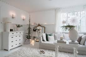 klassisches wohnzimmer ganz in weiß mit buy image