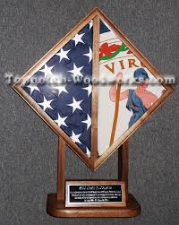 2 FLAG DISPLAY CASE 1