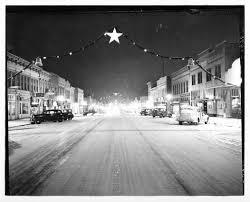 Pumpkin Patch Topeka Ks by Massachusetts Street In Lawrence Kansas Christmas 1939
