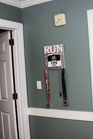 DIY How To Make A Race Bib And Medal Display