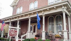 2 Romantic Bed and Breakfasts along Indiana s Ohio River