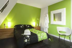 chambre vert kaki deco chambre vert anis chambre vert lime avec des couleurs fraiches