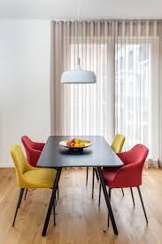 eine farbenfrohe und elegante wohnung in berlin هوميفاي