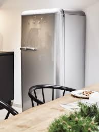 kühlschrank reinigen tipps gegen keime und gerüche westwing