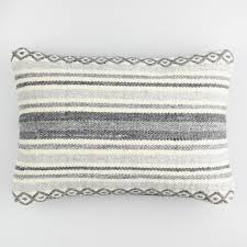 Stein Mart Chair Cushions by Where To Buy Cheap Throw Pillows For The Home