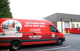 Milkman makes a eback as dairy pany arrives in Richmond