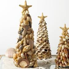 Seashell Christmas Tree Garland by 124 Best Coastal Christmas Images On Pinterest Christmas Tree