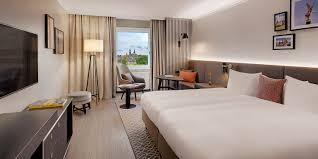 89 blick auf dresden schickes hotel am elbufer 41