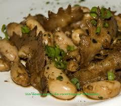 cuisiner un coq un demi siècle de recettes crêtes et testicules de coq sauce asiatique