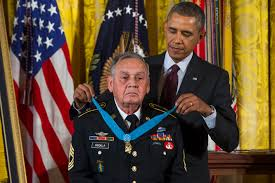 Military Awards And Decorations Records by Washington Obama Giving Medal Of Honor To Veterans Overlooked By