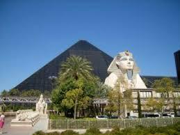 Luxor Casino Front Desk by Luxor Las Vegas Hotel Casino Parking Fee Directions U0026 Valet