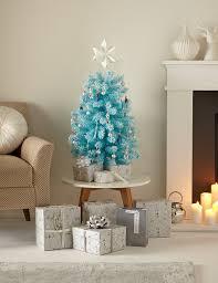 6 Ft Flocked Christmas Tree Uk by Flocked Christmas Tree M U0026s