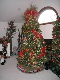 Dillards Christmas Decorations 2014 by Circus Christmas Tree Holiday Fun Pinterest Christmas Tree