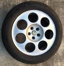 How To Refurbish Car Rims: 10 Steps (with Pictures)