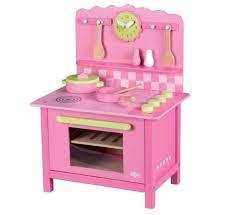 cuisine en bois enfants première cuisine en bois pour enfant à 8