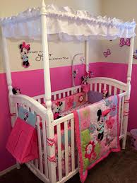 Minnie Mouse Bedroom Accessories by Amazing Pink Minnie Mouse Bedroom Decor Minnie Mouse Bedroom