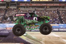 100 Time Flys Monster Truck Can You Feel The Noise Jam In Vancouver Crunchy Carpets