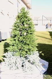 Christmas Tree Flocking Spray by Decorating Your Christmas Tree Day 1 How To Flock Your Tree