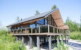 maison bois lamelle colle maison préfabriquée contemporaine en bois lamellé collé en