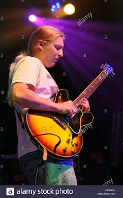 Derek Trucks The Allman Brothers Band Performing At The Seminole ... Derek Trucks The Allman Brothers Band Performing At The Seminole 24 Years Ago 13yearold Opens For Brizz Chats With Of Review Tedeschi Jams Familystyle Meadow Brook Needle And Damage Done Gregg Warren Haynes Signed Autograph Electric Guitar Core Relix Media To Exit