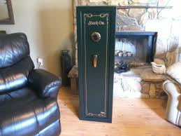 Homak Gun Cabinets Canada by Stack On 8 Gun Safe With Combination Lock Youtube