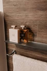 selbstklebende badezimmer accessoires für ein easy bad upgrade