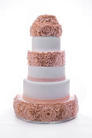 Wedding Cake With Peach Rosettes BrRent EUR150brRefundable Deposit