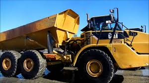 100 Haul Truck Cat 740 Dumping Water