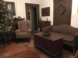 Primitive Living Room Furniture by 548 Best Colonial U0026 Primitive Images On Pinterest Primitive