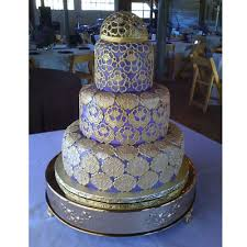 Cakemaker Yvette Humbert Covered Each Tier Of This Intricate Bohemian Style Cake With A Layer