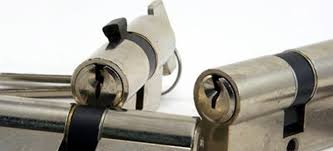 Door Lock Parts How to Identify and Replace