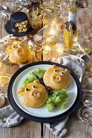 pikant gefüllte glücksschweine fingerfood rezept