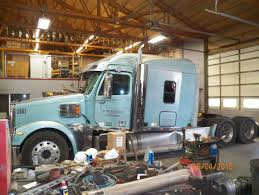 Salvage Heavy Duty Freightliner CORONADO Trucks | TPI Salvage Ford Trucks Atamu Heavy Duty Freightliner Cabover Tpi Ray Bobs Truck Fld120 Coronado Intertional 4700 Low Profile Isuzu Engine Blown Problems And Solutions Sold Nd15596 2013 Dodge Ram 1500 4dr 4wd 57 Automatic 1995 Volvo Wia F250 Sd 2006 Utility Bed Super Title Pittsburgh Beautiful Pinterest Trucks And Cars Old Mack Yard Preview Various Pics