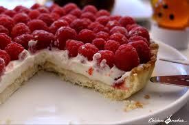 tarte au chocolat blanc et aux framboises cuisinons en couleurs