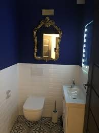 gästeklo blau gold weiß klo badezimmer gast