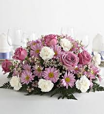 Classic Wedding Centerpiece With Light Purple Rose And Pink White Flowers