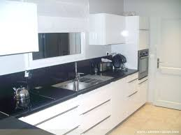 quartz cuisine cuisine quartz noir photos de design d intérieur et décoration